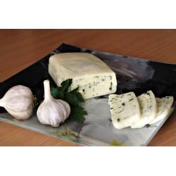 Сырный рулет с укропом, чесноком, оливковым маслом